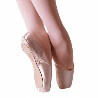 Capezio Glisse Pointe Shoes Wide